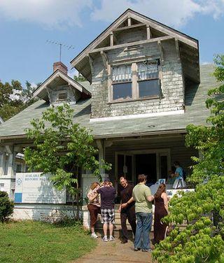 Sweeney-Penn House on Tour