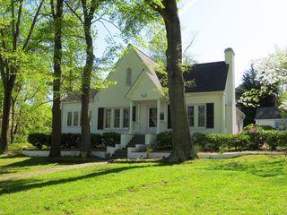 406 East Lake Drive